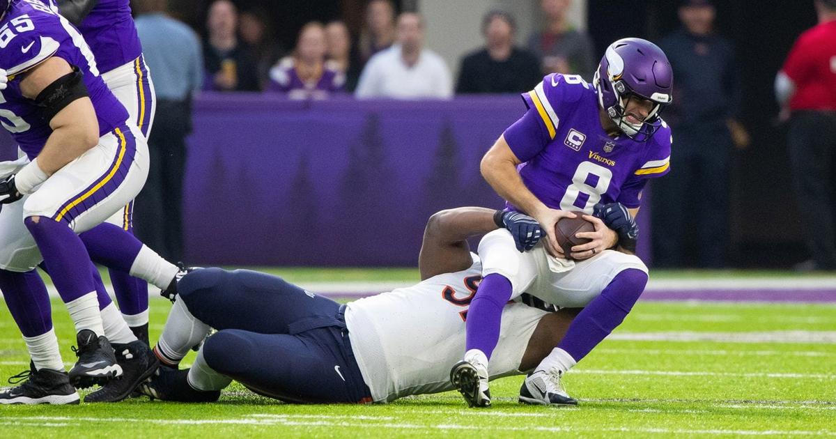 Skol! (Cheers!) Bears crush Vikings, shatter their playoff hopes