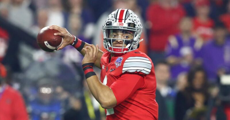 Bears trade up to select QB Justin Fields in 2021 NFL Draft